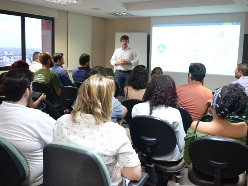 Palestra Marketing Digital; Como Acompanhar Sua Empresa No Mundo Virtual